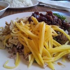 Photo taken at Boon Chu Thai Restaurant by Alex C. on 8/18/2012