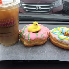Photo taken at Dunkin Donuts by Gina D. on 4/1/2014