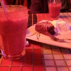 Photo taken at Café Mezo by Leyla A. on 9/14/2015