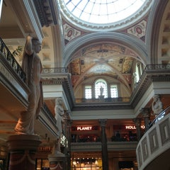 Photo taken at The Forum Shops at Caesars by Fonne on 7/16/2013