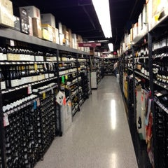 Photo taken at Spec's Wines, Spirits & Finer Foods by Gary C. on 10/27/2012