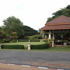 Photo taken at Pang Rujee Resort (ปางรุจี รีสอร์ท) by Pachara R. on 7/17/2012