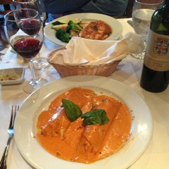 Photo taken at Il Forno Caldo by Crystal S. on 6/29/2013