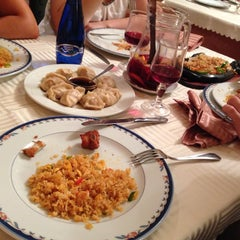 Photo taken at Restaurante Cielo Dragón by Enrique R. on 7/19/2014