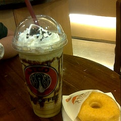 Photo taken at J.Co Donuts & Coffee by Virginia S. on 12/3/2012