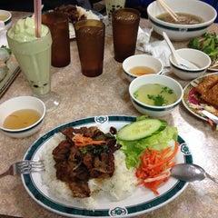 Photo taken at Phở Lê Hòa Phat II by Anastacia Lyn M. on 1/1/2014