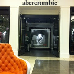 Photo taken at abercrombie kids by Abdullah K. on 5/7/2013