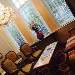 Photo taken at Ambassade Hotel by Maria on 7/25/2015