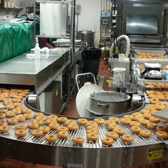 Photo taken at Krispy Kreme Doughnuts by Roland B. on 11/21/2012