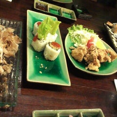 Photo taken at SushiGroove by rurisiruri on 11/22/2012