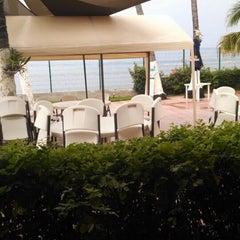Photo taken at Hotel Rosita by Zelt R. on 6/30/2014