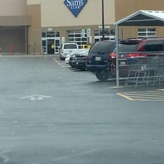Photo taken at Sam's Club by Eric H. on 11/3/2012