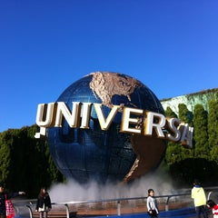 Photo taken at ユニバーサル・スタジオ・ジャパン (Universal Studios Japan / USJ) by BONDOUT55 on 11/25/2012