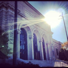 Photo taken at Detroit Institute of Arts by Katy O. on 10/11/2012