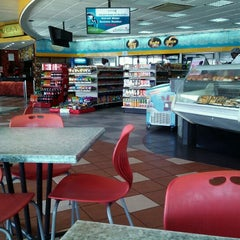 Photo taken at Pizza Inn - Bellevue by Ritchie O. on 10/1/2012
