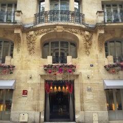 Photo prise au Hôtel Sezz Paris par Ben S. le12/13/2015