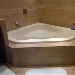 Photo taken at Vagabond Inn San Diego Hotel Circle by Erin Z. on 12/25/2012