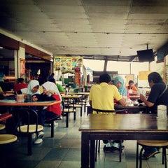 Photo taken at Medan Selera BBU by Mkn A. on 4/9/2013