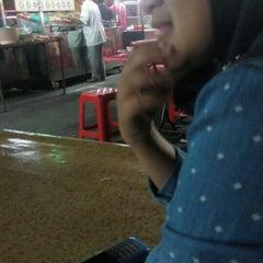 Photo taken at Medan Selera Perhentian Bas Bentayan by Syuhaada A. on 7/12/2015
