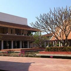 Photo taken at Sukhothai Heritage Resort by ปาเฮ เ. on 12/11/2014