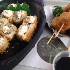 Photo taken at Sushi Itto by EnriKe K. on 11/14/2014