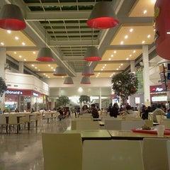 Photo taken at Mall Aventura Plaza Bellavista by Balder Q. on 6/26/2013