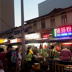 Photo taken at New Lane Hawker Stalls by Vivian K. on 3/23/2013