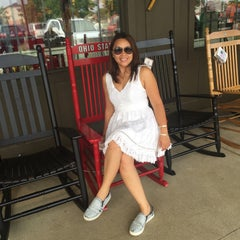 Photo taken at Cracker Barrel Old Country Store by Alice C. on 8/30/2015