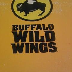 Photo taken at Buffalo Wild Wings by Ari S. on 2/17/2013