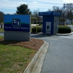 Photo taken at Fifth Third Bank by Dale L. on 2/27/2013