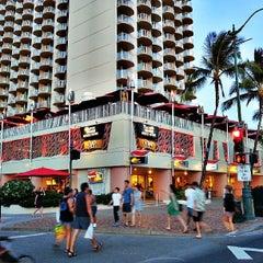 Photo taken at Tiki's Grill & Bar by Stephen C. on 6/10/2013