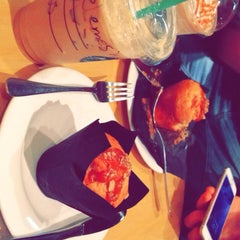 Photo taken at Starbucks | ستاربكس by Rakan a. on 2/5/2015