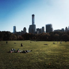 Photo taken at Sheep Meadow by Kenta S. on 11/4/2014