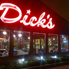 Photo taken at Dick's Drive-In by James A. on 1/19/2013