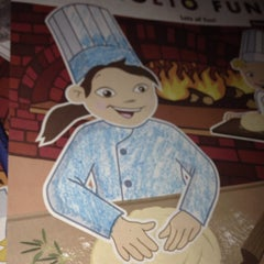 Photo taken at Bertucci's by Dee M. on 10/17/2014