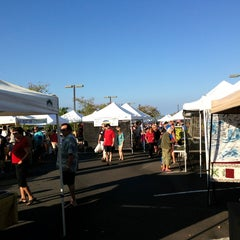 Photo taken at Keauhou Farmer's Market - Sheraton by Lance O. on 12/22/2012