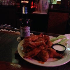 Photo taken at Mullen's Bar & Grill by Thomas B. on 4/18/2013