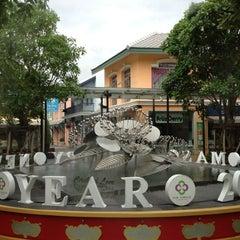 Photo taken at The Circle Ratchapruk (เดอะเซอร์เคิล ราชพฤกษ์) by Toey T. on 11/17/2012