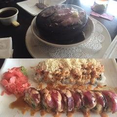 Photo taken at Sushi Hana Fusion Cuisine by Rowena W. on 6/14/2015