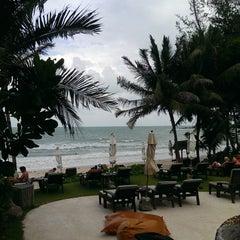 Photo taken at Muang Samui Vilas & Suites, Choegmon Beach by Lyubov T. on 12/21/2014