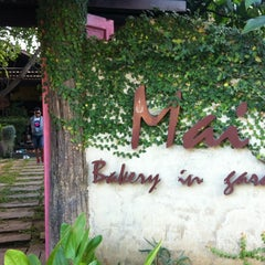 Photo taken at Mai Bakery In The Garden (ไหม เบเกอรี่) by THE LΛW EVOLVE™ on 12/9/2012