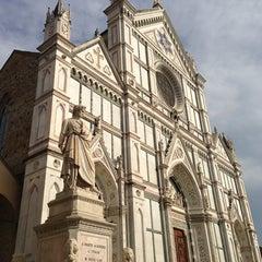 Photo taken at Basilica di Santa Croce by Tanapat C. on 5/22/2013