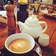Photo taken at Piccante Caffe by Kimi L. on 11/1/2014