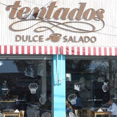 Photo taken at Tentados by vikata g. on 12/27/2014