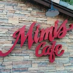 Photo taken at Mimi's Cafe by Felipe Mafra on 9/14/2014