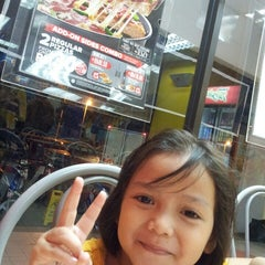 Photo taken at Domino's Pizza by Zul E. on 12/15/2013
