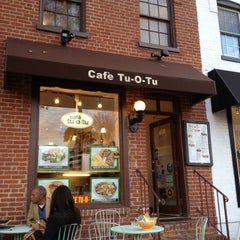 Photo taken at Cafe Tu-O-Tu by Dora E. on 11/23/2012