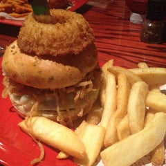 Photo taken at Red Robin Gourmet Burgers by Brad C. on 1/13/2013