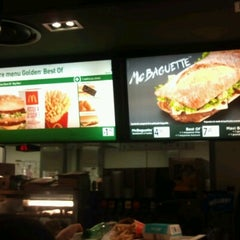 Photo taken at McDonald's by Anthony B. on 11/7/2012