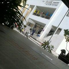 Photo taken at ไปรษณีย์ บางเสาธง 10542 by Matima S. on 9/15/2012